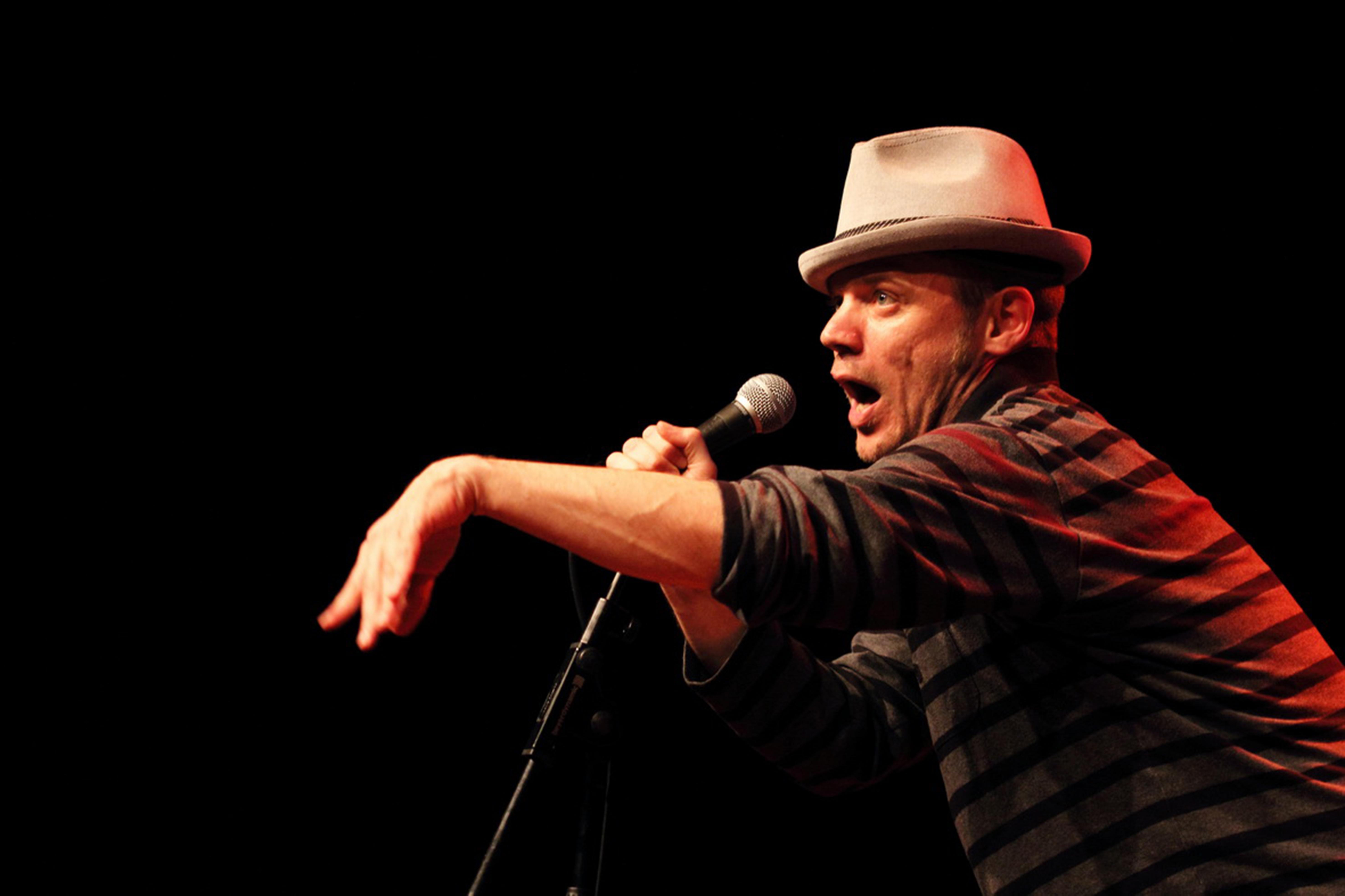 Imagen de la actividad Recital de Poetry Slam con Dani Orviz